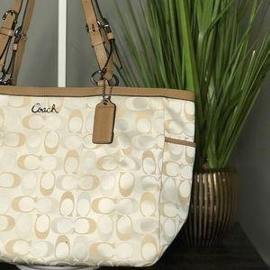 NWT COACH gallery E/W signature fabric bag